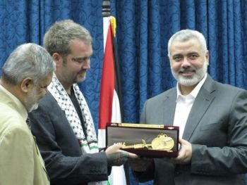 Ken receives the Key to Gaza from Ismail Haniyeh, Prime Minister of Palestine.