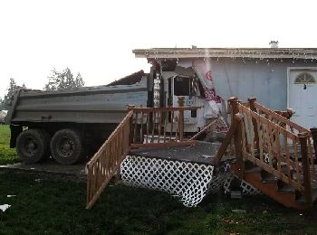 Photo of crash scene, Gervais, Oregon 12-12-07
