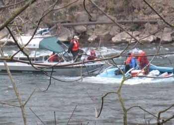 Boat rescue on the Clackamas River in Oregon, 2-19-08