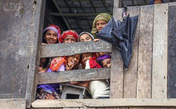 Young Rohingya girls