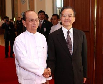 Burma PM Thein Sein and China Premier Wen Jiabao in Beijing