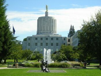 Oregon capitol photo by Tim King