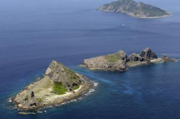 uninhabited Senkaku islands
